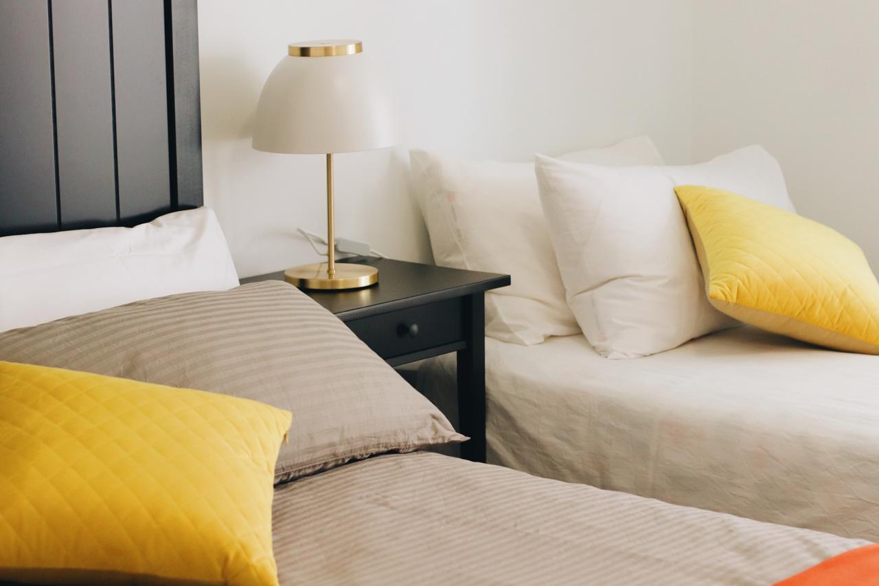 Modern  Cosy 2-Bedroom Apartment Hornsby - Accommodation Melbourne