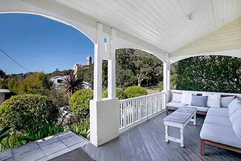 Holiday Home Fairy Bower Road Manly FAB05 - Accommodation Melbourne