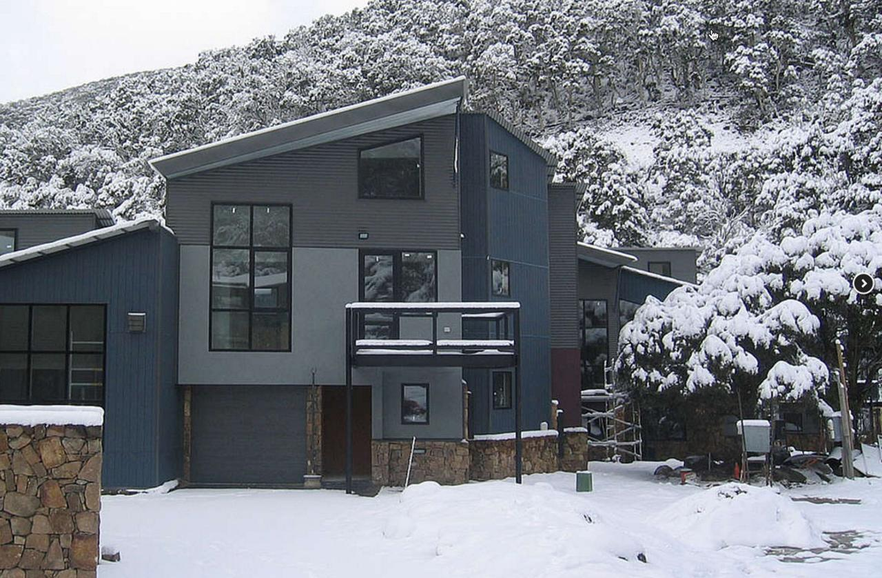 Snowstream 4 - Accommodation Melbourne