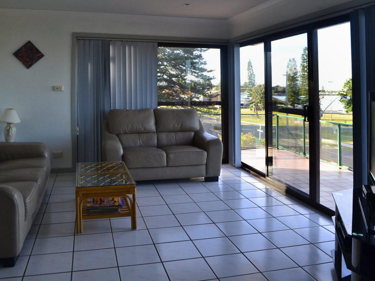 Oxley 8 at Tuncurry - Accommodation Melbourne