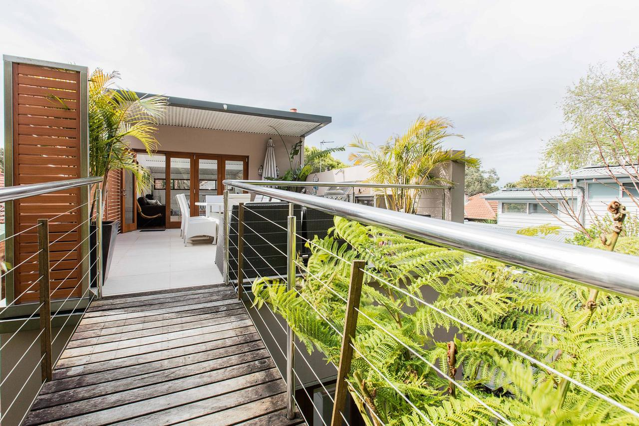 Family surf house 5 min walk to Manly beach - Accommodation Melbourne