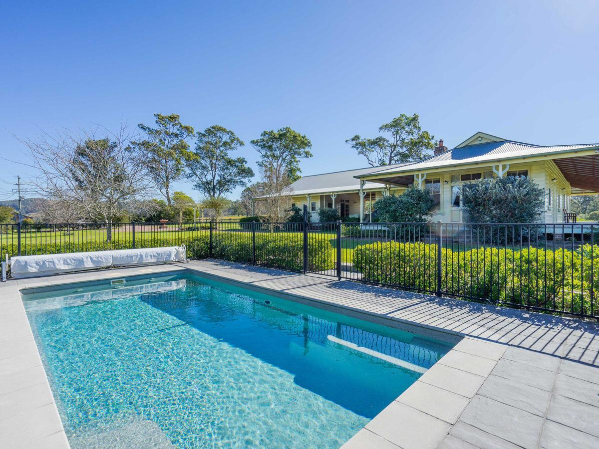 Roscrea Homestead - Luxury Retreat - Accommodation Melbourne