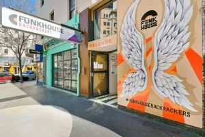 Funk House Backpackers - Accommodation Melbourne