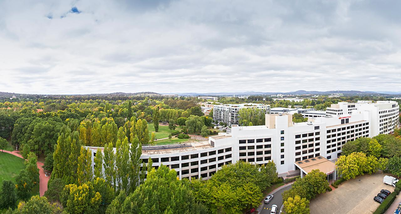 Crowne Plaza Canberra - Accommodation Melbourne
