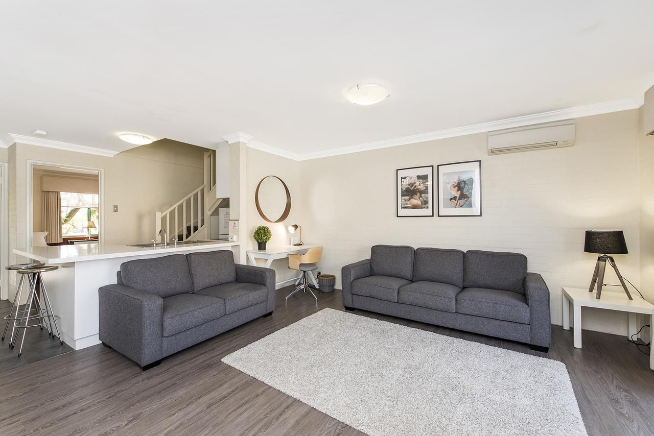 Subiaco Village 30 - Accommodation Melbourne