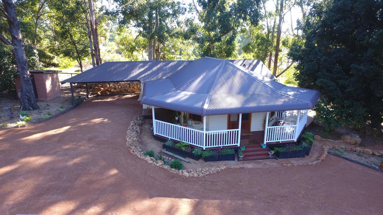 Quiet Escapes Cottages - Accommodation Melbourne