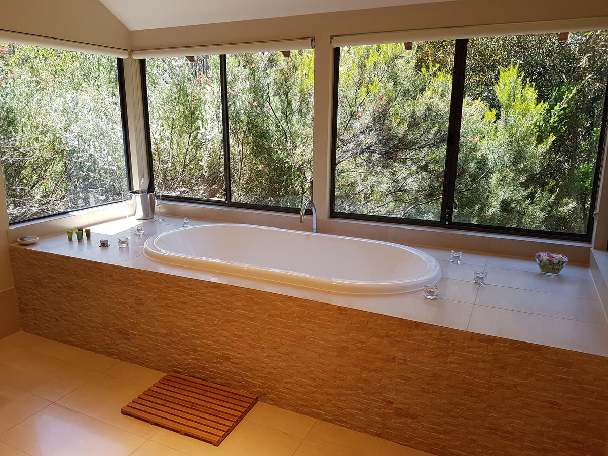 Jarrah Grove Forest Retreat - Accommodation Melbourne