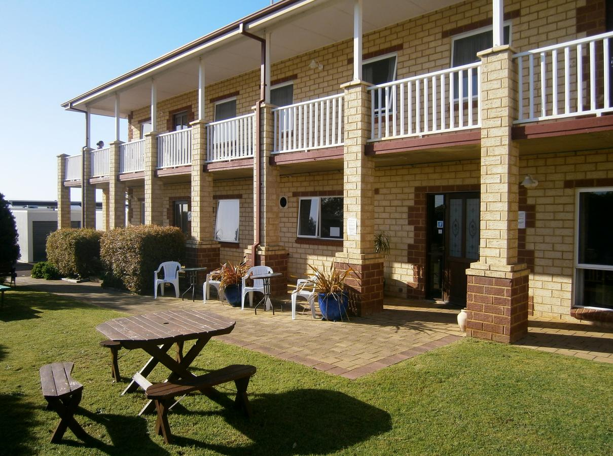 Baywatch Manor Augusta - Accommodation Melbourne