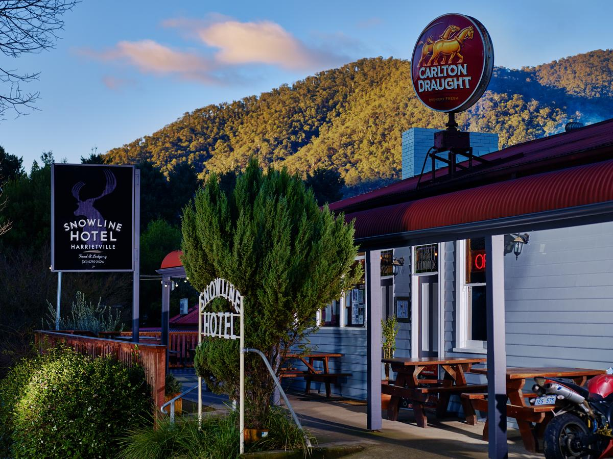 The Harrietville Snowline Hotel - Accommodation Melbourne