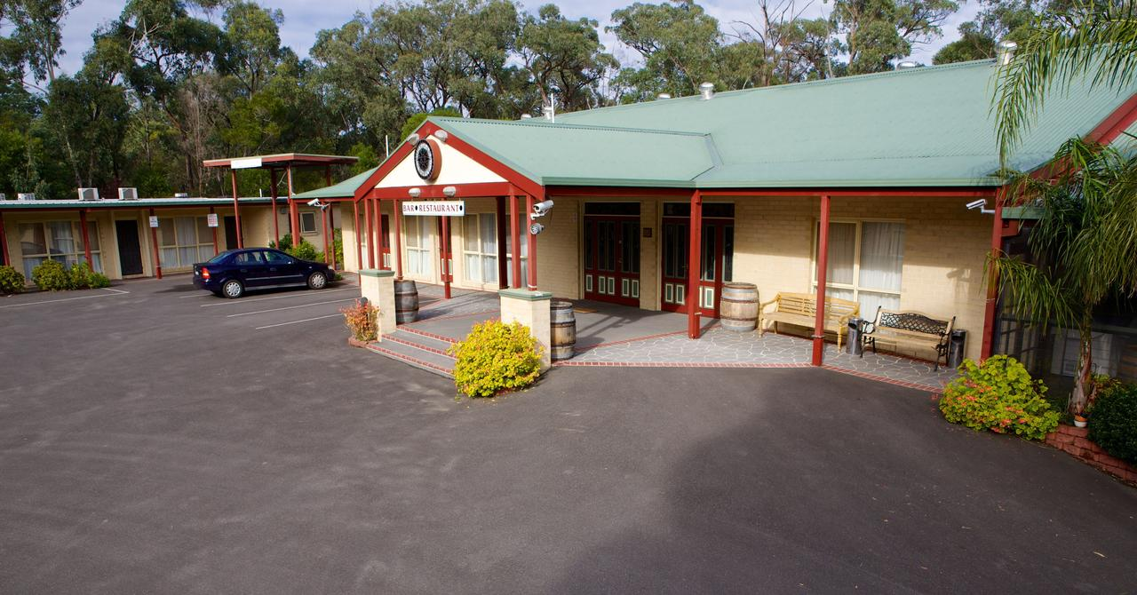 Sanctuary House Resort Motel - Accommodation Melbourne