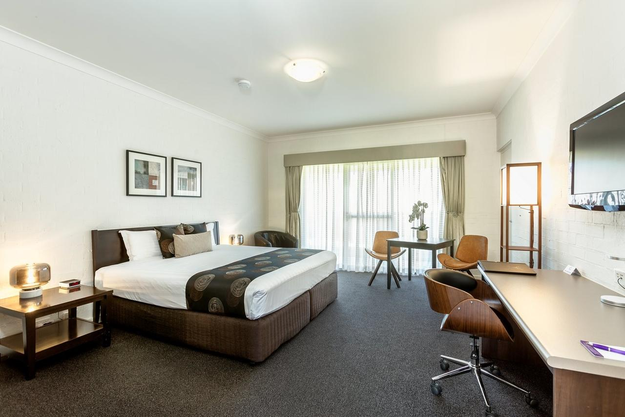 Blazing Stump Motel  Suites - Accommodation Melbourne