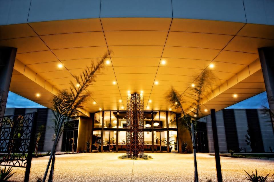 Quality Suites Seasons 5 - Accommodation Melbourne
