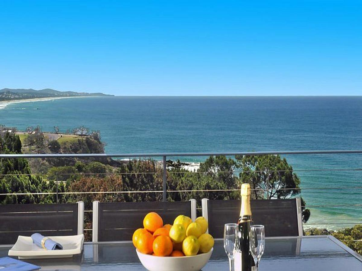 The Point Coolum - Accommodation Melbourne