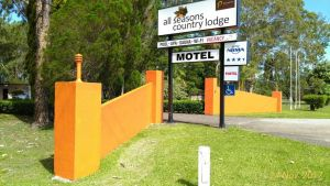 All Seasons Country Lodge - Accommodation Melbourne