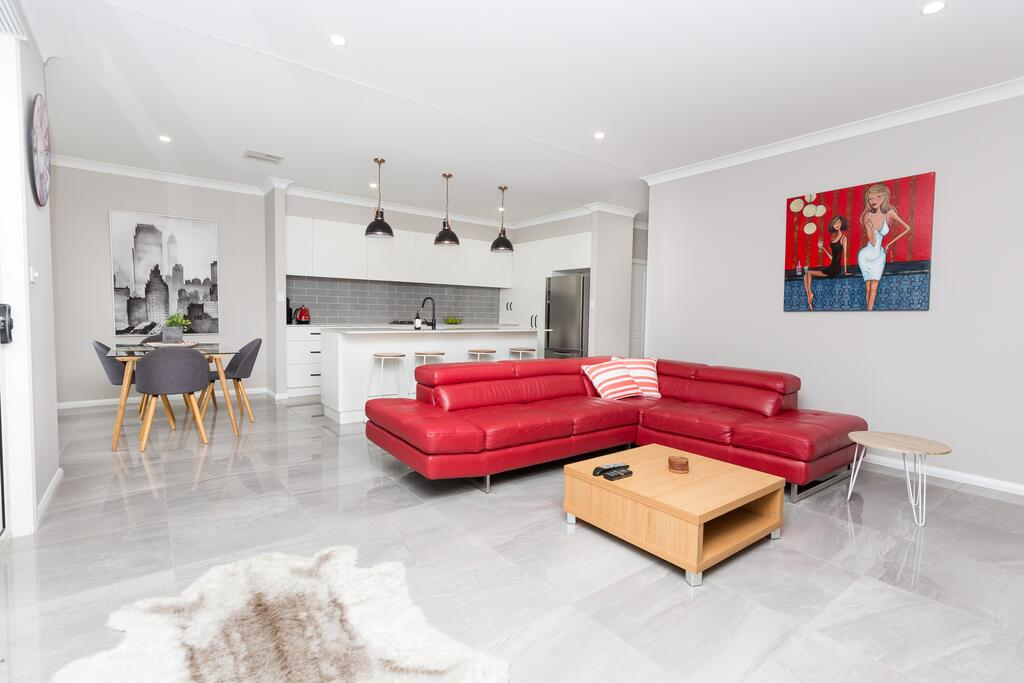 Best Central Wagga Townhouse - Accommodation Melbourne